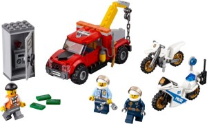 Lego-60137-Tow-Truck-Trouble-3