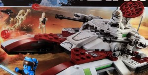 Lego-75182-Republic-Fighter-Tank-star-wars-1