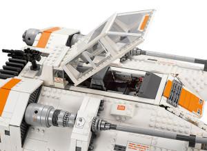 Lego-75144-UCS-Snowpeeder-star-wars-2