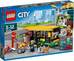 lego-city-60154-bus-station-1