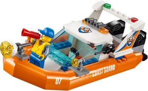 Lego-60168-Sailboat-Rescue-coast-guard-city-2