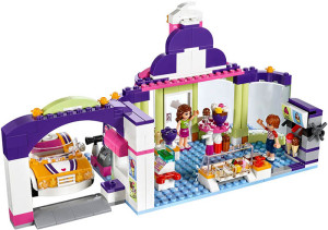 Lego-41320-Heartlake-Frozen-Yogurt-Shop-2