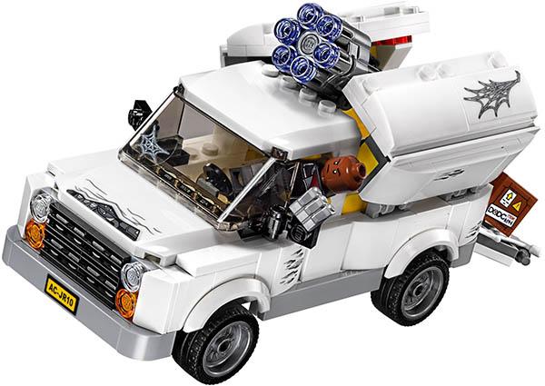 Lego-76083-Beware-the-Vulture-super-heroes-marvel-2