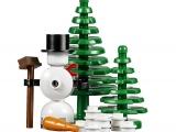 lego-10249-winter-toy-shop-creator-seasonal-11