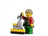 lego-10249-winter-toy-shop-creator-seasonal-3