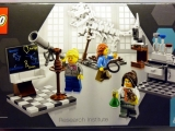 lego-21110-research-institute