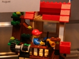 lego-31010-tree-house-creator-4