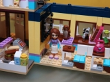 lego-41005-heartlake-high-friends-14