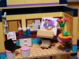 lego-41005-heartlake-high-friends-19