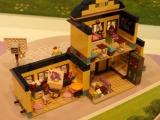 lego-41005-heartlake-high-friends-22