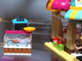lego-41006-downtown-bakery-friends-7