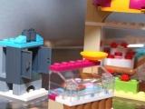 lego-41006-downtown-bakery-friends-8