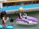 lego-41015-dolphin-cruiser-friends-5