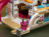lego-41015-dolphin-cruiser-friends-6