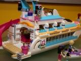lego-41015-dolphin-cruiser-friends-7