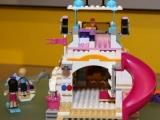lego-41015-dolphin-cruiser-friends-8