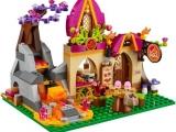 lego-41074-azari-and-the-magical-bakery-elves-1