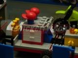 lego-4433-dirty-bike-transporter-ibrickcity-11