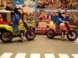 lego-4433-dirty-bike-transporter-ibrickcity-4