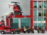 lego-60004-city-fire-headquarters-ibrickcity-11