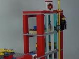 lego-60004-city-fire-headquarters-ibrickcity-17