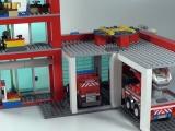 lego-60004-city-fire-headquarters-ibrickcity-18
