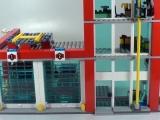 lego-60004-city-fire-headquarters-ibrickcity-19