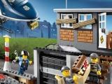 lego-60009-city-helicopter-arrest-ibrickcity-6
