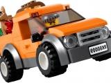 lego-60009-city-helicopter-arrest-ibrickcity-van