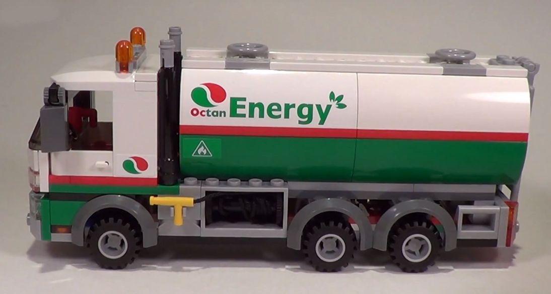Lego 60016 city tank truck i brick city for Brick city motors reviews