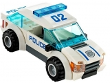 lego-60042-high-speed-police-chase-city-2