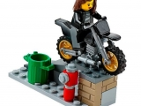 lego-60042-high-speed-police-chase-city-3
