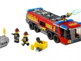 lego-60061-airport-fire-truck-5