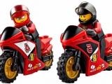 lego-60084-racing-bike-transporter-city-2