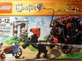 lego-70401-gold-getaway-castle-2