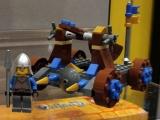 lego-70403-dragon-mountain-castle-5