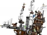lego-70810-metalbeard-sea-cow-movie-1