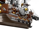 lego-70810-metalbeard-sea-cow-movie-11