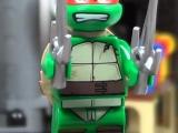lego-79103-turtle-lair-attack-teenage-mutant-ninja-turtles-raphael