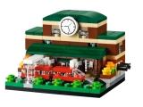 lego-40142-bricktober-train-station-1
