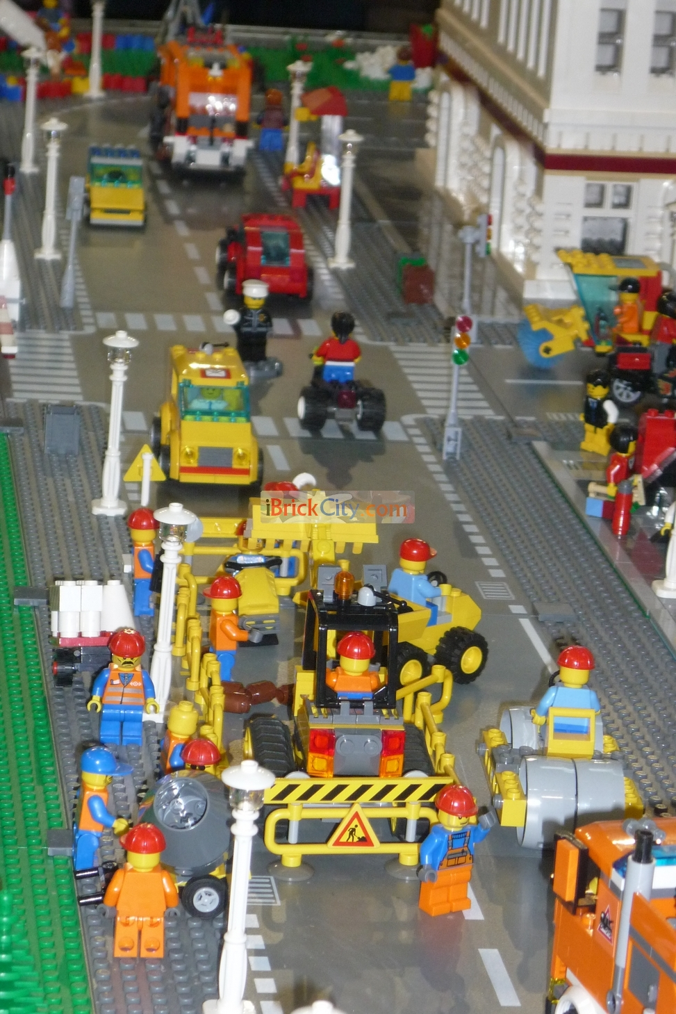 Lego City Red Cargo Train Ibrickcity also Lego Monster Fighters Ghost Train additionally Latest Cb additionally Lego City Flatbed Truck Hd Minifigures besides The S Lego Mini Figures. on lego movie mini figures