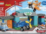 lego-10511-skipper-flight-school-duplo-1