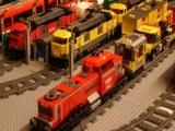 lego-3677-city-red-cargo-train-ibrickcity-12