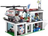 ibrickcity-lego-4429-hospital-helicopeter-rescue-summer-3