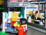lego-city-4431-ambulance-ibrickcity-20