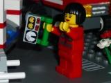 lego-city-4431-ambulance-ibrickcity-9