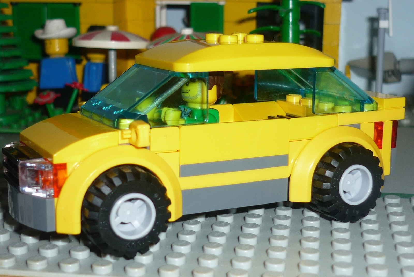 Lego City 4435 – Car and Camper