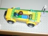 lego-city-4435-car-and-camper-ibrickcity-12