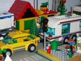 lego-city-4435-car-and-camper-ibrickcity-17