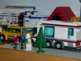 lego-city-4435-car-and-camper-ibrickcity-20